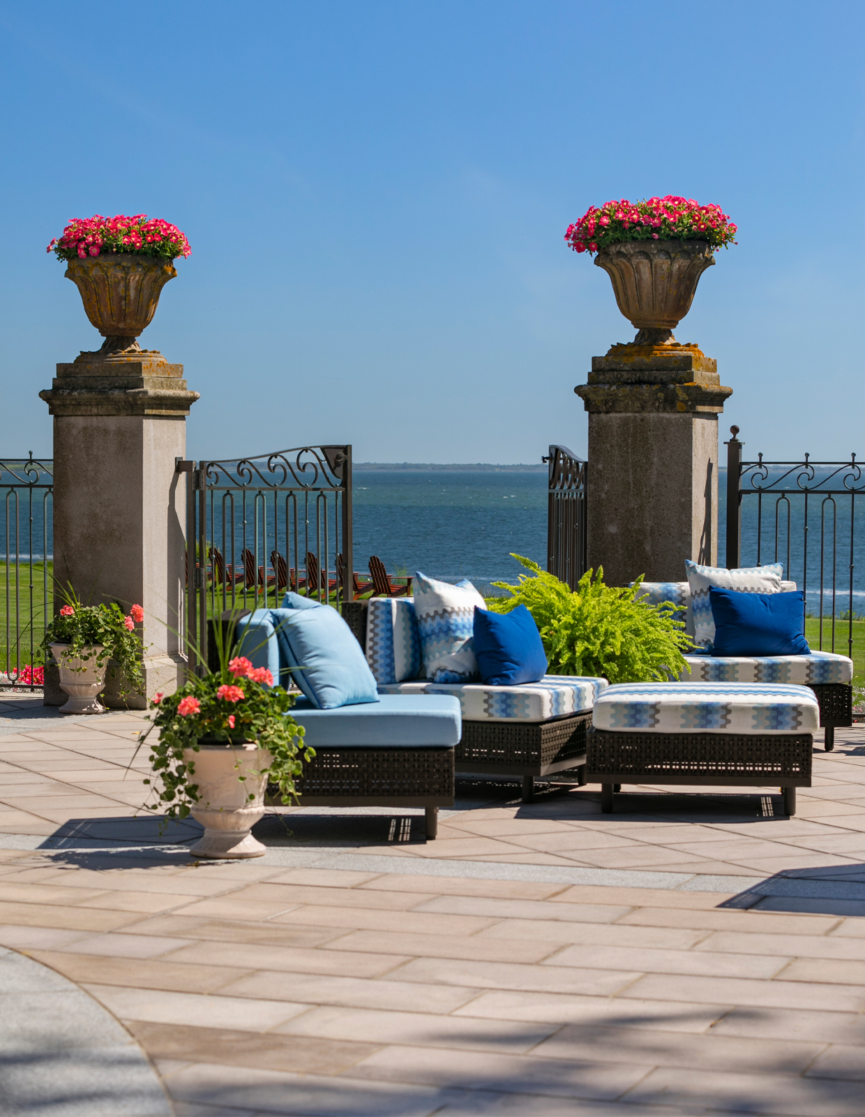 rockcliff patio on the water