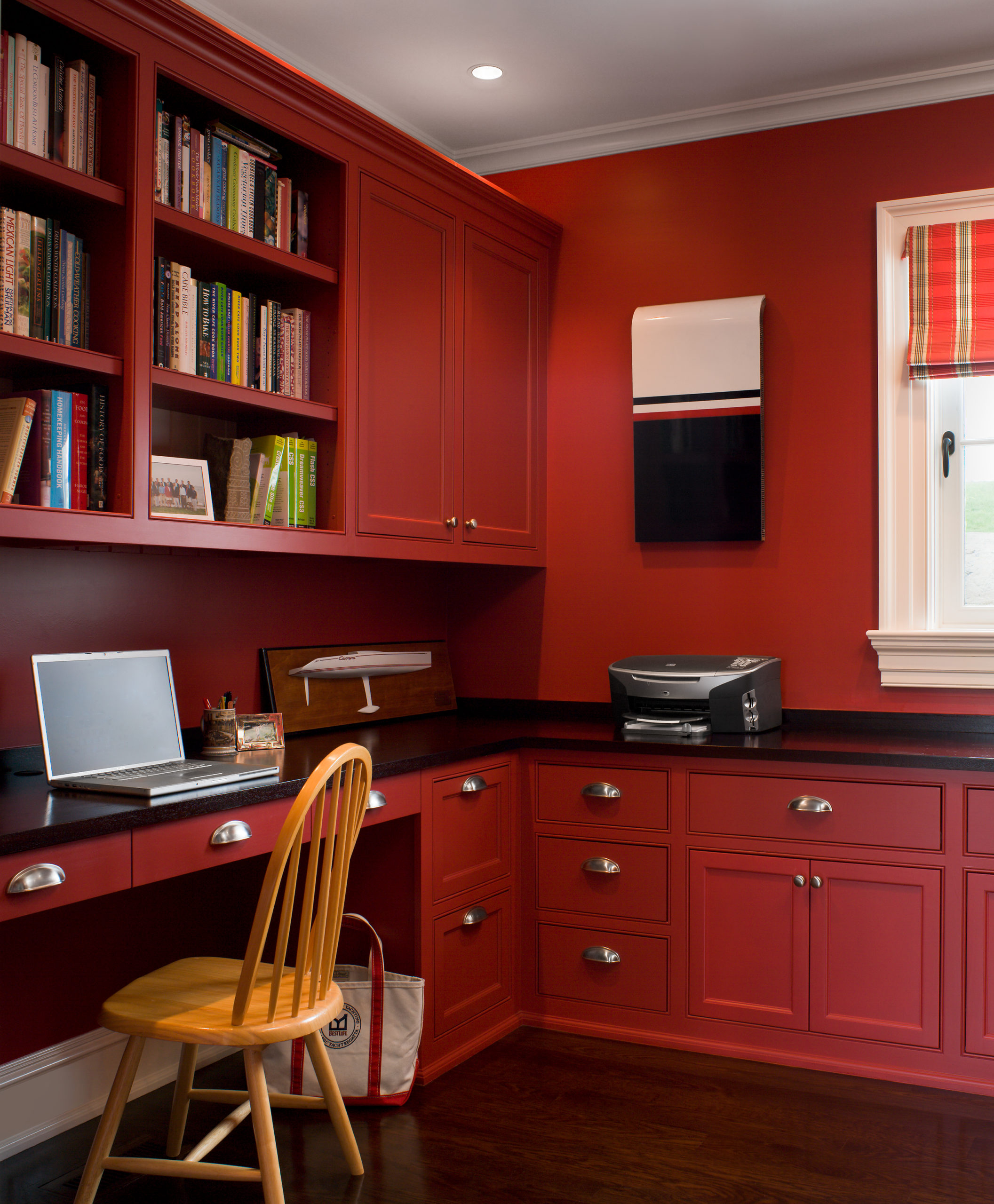 super yacht red office